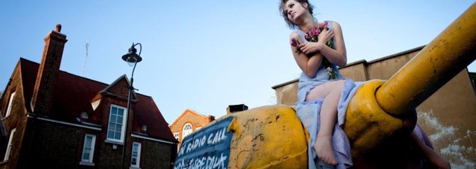 攝影師:勇闖倫敦的人物攝影師 石震達