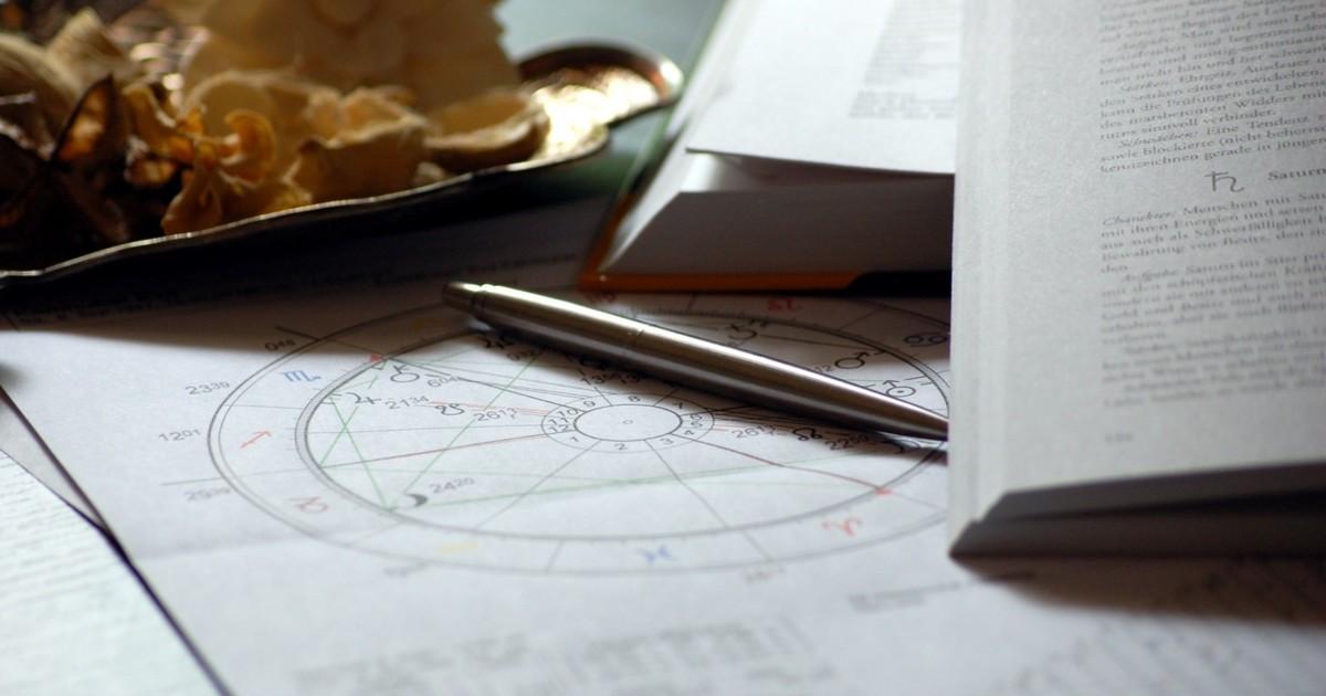 【駱以軍X董啓章對寫】星座,是一種想像人群的方式
