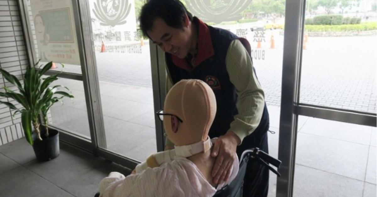 【八仙結痂週記】獨立的女兒,開始學習喊痛