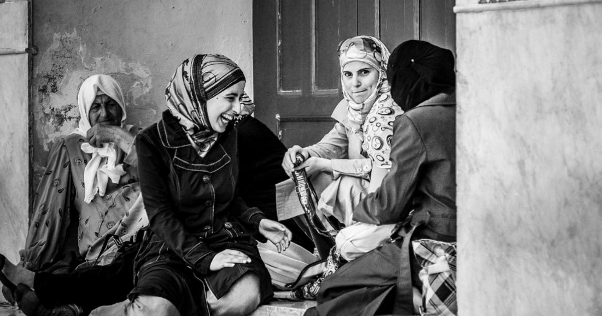 三毛筆外的阿拉伯:女人,不只是一只黑袍