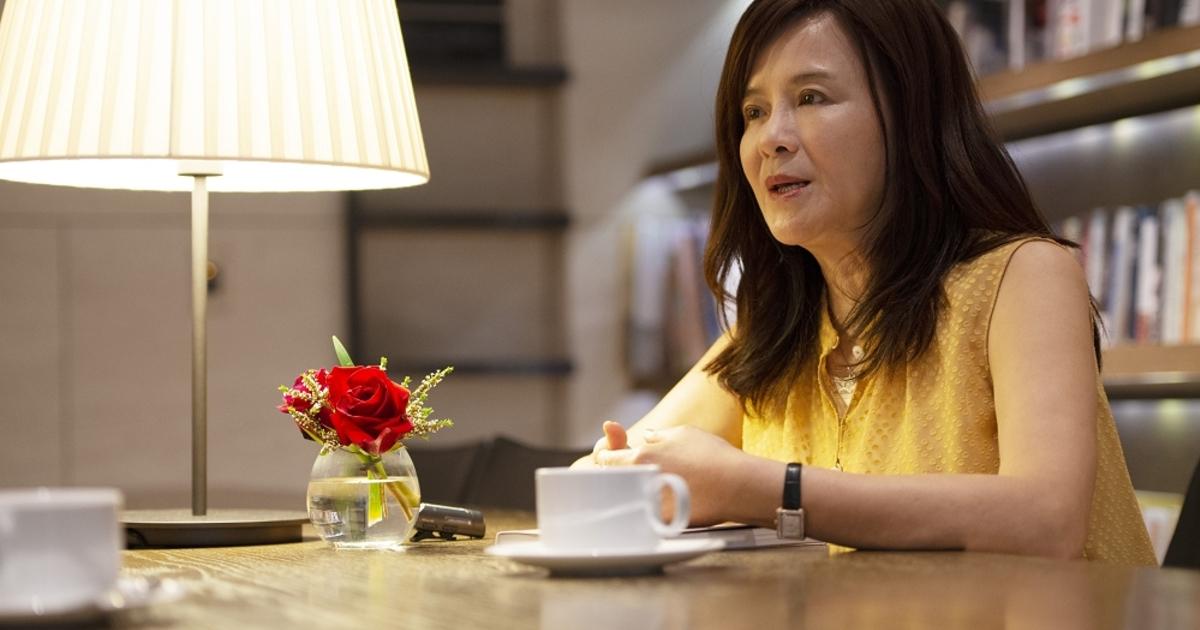 她用孤獨換張鈞甯的家庭感,專訪單親星媽鄭如晴