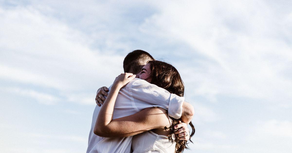 陷入迷戀的八種徵兆:越不服輸,越是喜歡你