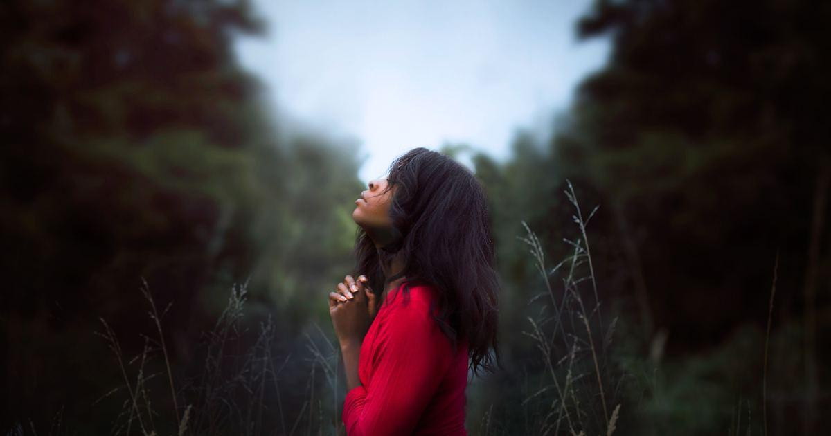 為你讀詩 想起有人承諾,將輕輕接住我