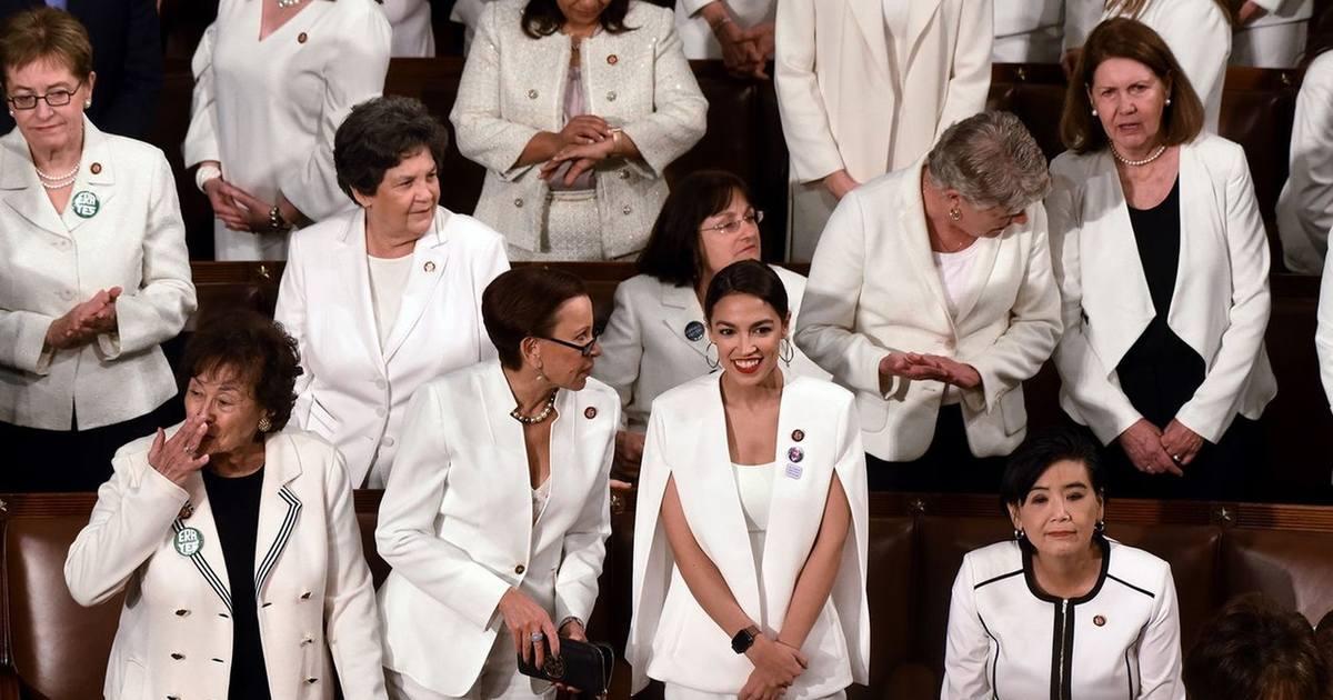 寫在川普國情咨文之後:為什麼女性政治人物要穿白衣?