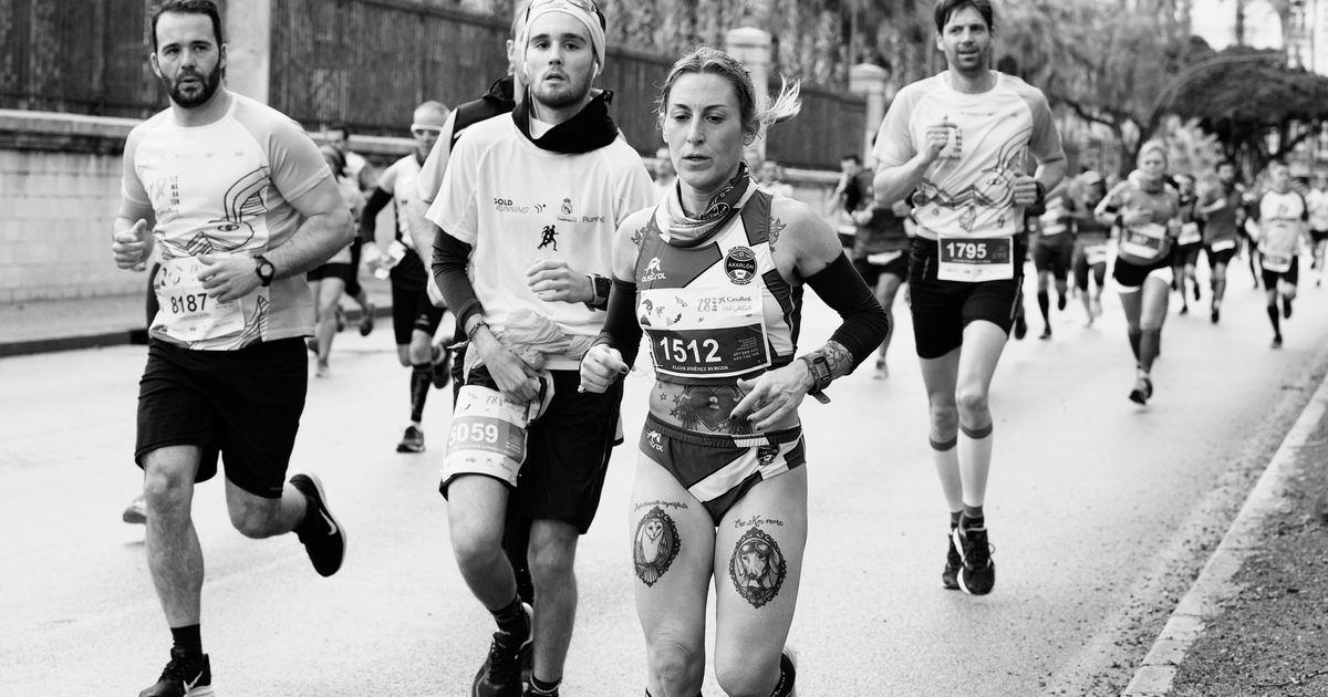 愛情像跑馬拉松,有旗鼓相當的對手才能撐下去