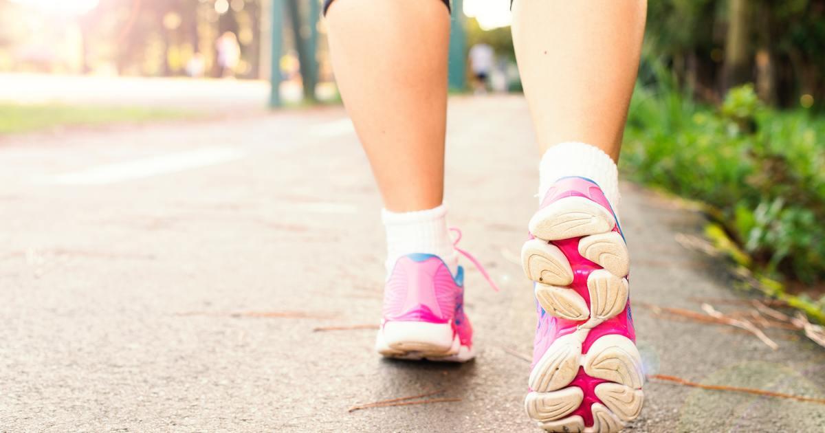 避免中年骨鬆,請從 20 歲開始,讓自己走路三十分鐘