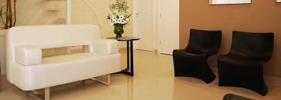 《改變人生的1分鐘整理術》地板和沙發不該放物品