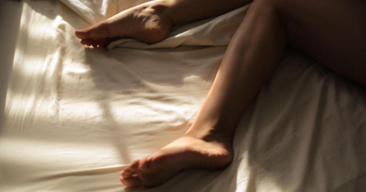「天冷不想動,愛還是要做」 給懶人的性愛體位推薦