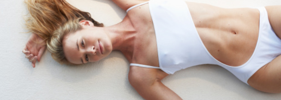 一個動作治好腰痛:「搬重物不受傷」的關鍵
