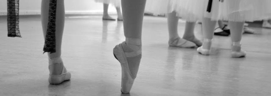 肉腳女孩的芭蕾舞鞋夢