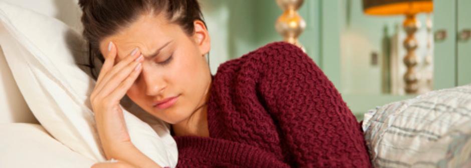 兩招穴位按摩,讓你輕鬆擺脫月經性頭痛