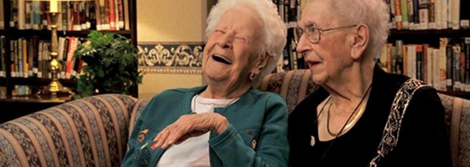 【女人英文學堂】跟百歲好姐妹一起學流行英文單字