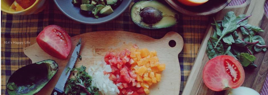 美味料理食譜:夏日輕食!酪梨洋蔥抹醬