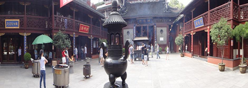 小時代,大上海:原來中國廟宇這樣拜