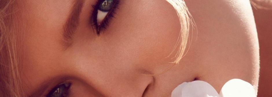 彩妝藝術師 Laura Mercier:女人的臉龐像一張淨白無瑕的畫布