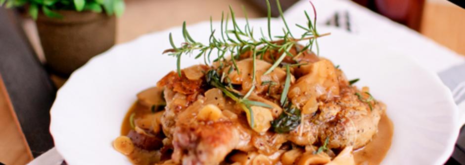 美味料理食譜:兩人晚餐、獨享皆宜-迷迭香雞腿佐燉煮鮮菇