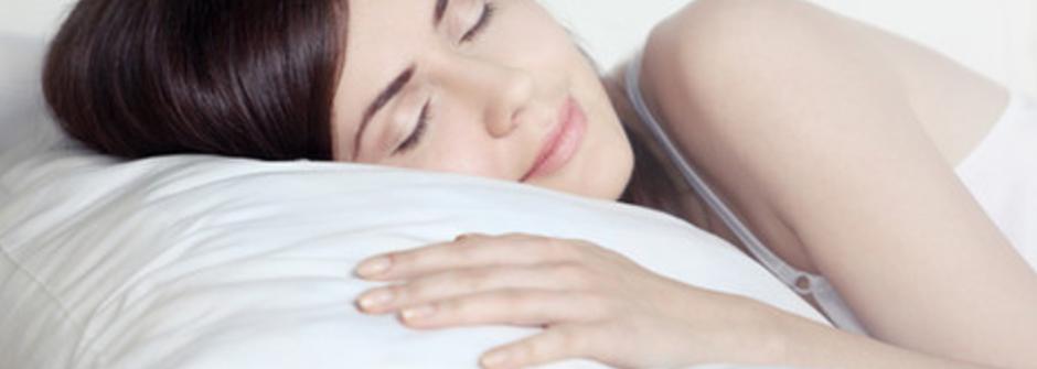睡前喝酒真的能助眠嗎?破除九個迷思,換個甜甜的夢鄉