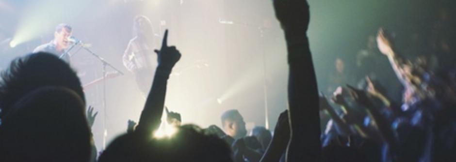 聽一首搖滾,唱一個世代:台北 Live House 的音樂記憶
