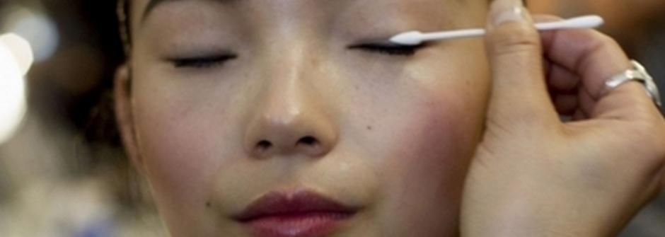 給亞洲女孩的美妝攻略:修容、眼線、睫毛、暗沈一次解決
