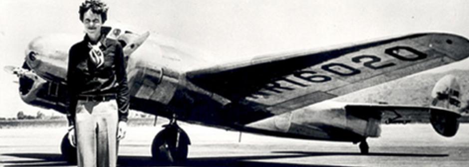 第一位橫越大西洋的女人!飛行員愛蜜莉亞:「我想飛,因為我嚮往自由」