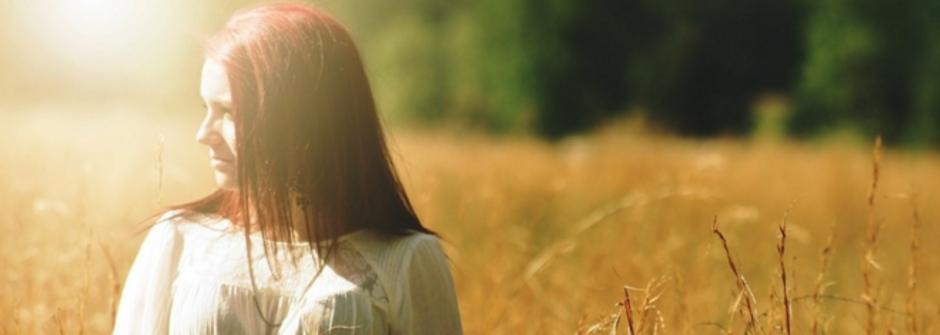 女人教你開啟搭訕的第一步:微笑,是真正的開場白