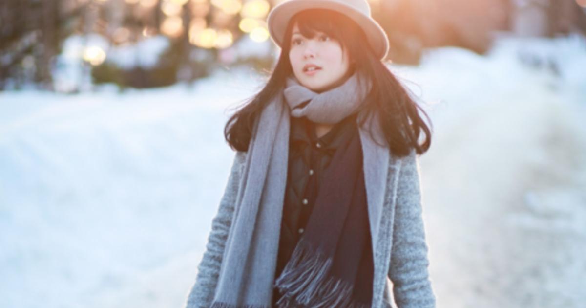 大衣、長靴、紳士帽!波士頓雪地的優雅穿搭