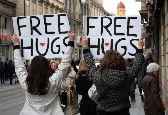 如何改變世界 free hugs