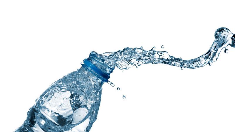 女人迷一日網摘(2013/8/5)用塑膠瓶喝水會長皺紋