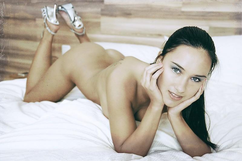 sexy naked woman lianhonghong