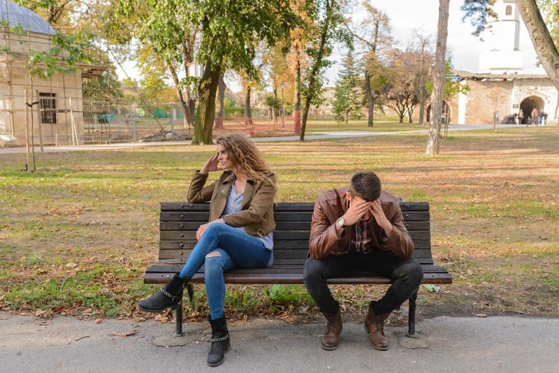 為你選書|婚姻的詛咒是,兩個人太常以弱點結合,而不是強項