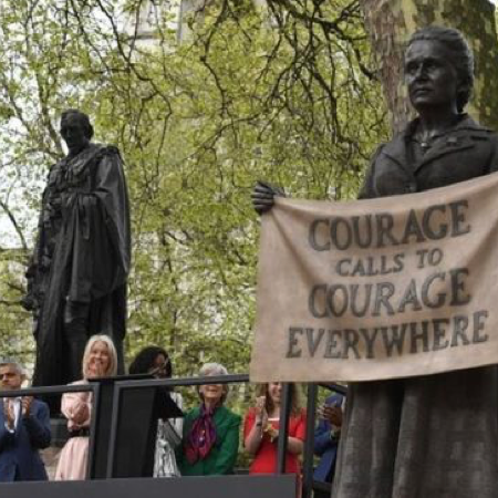 First statue of a woman in British Parliament Square unveiled